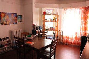 July 1 - mid Aug Sublet; $1800/mth; Bright 2 bedroom