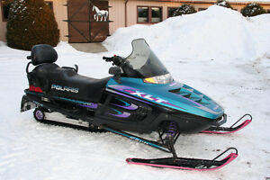 Motoneige Polaris Indy Touring