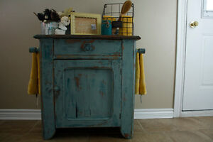 Primitive washstand