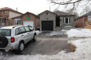 Beautiful Semi 3 Bedroom Available in Heart of Bowmanville!!