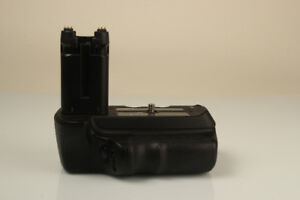 Sony vertical battery grip VG-B30AM for Sony Alpha 200, A300 and