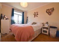 Double Room in Penrith Street, Streatham Common, SW16