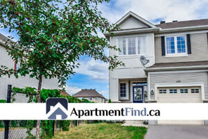 Stunning Townhouse for rent in Kanata - AVAILABLE NOW
