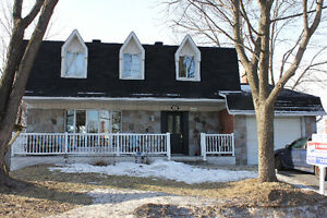 Beautiful 5 Bedroom Family Home in AAA location in DDO
