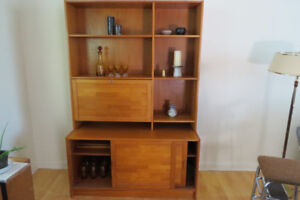 Lovely mid century teak wall unit - great condition!