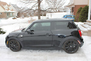 Almost new 2015 MINI COOPER S with 27500 km. (17088 miles) only!