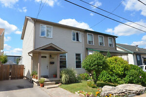 Openhouse Sun, 2-4 STEPS to Pier 4, Waterfront, James St.S,& GO