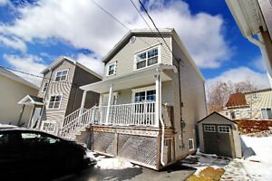 **NEW PRICE** FAMILY HOME IN HALIFAX - IMMACULATE!!**