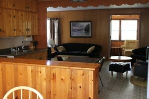 Falcon Lake Cottage for Rent - Sept. 2 -29 dates available