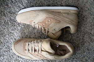For Sale Club Monaco x Saucony Courageous US 8