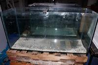 Aquarium 80 gallons - 47x16x23 - Usagé