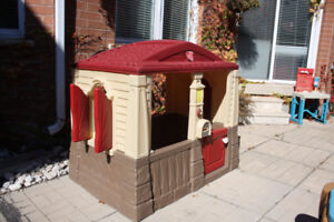 Children's Step 2 Neat & Tidy Cottage – Excellent Condition!