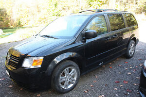 2010 Dodge Grand Caravan Stow-N-Go - 128K - $7400 Kawartha Lakes Peterborough Area image 2