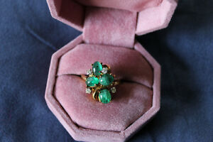 18k yellow gold diamond and emerald vintage ring