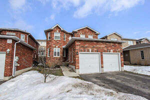 Family Friendly 4 br 2 Garage Detached House for Rent in Barrie
