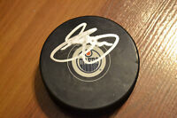 CHRIS PRONGER SIGNED AUTOGRAPHED EDMONTON OILERS PUCK WITH COA