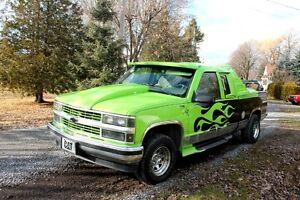 Wowwwwwww !!!  Chevrolet Silverado 1500 monté sport