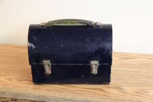 Vintage Small Metal Lunch Pail