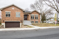 Beautiful 4 bedroom house in St-Laurent