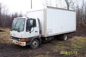 PARTING OUT - 2004 Hino FB1817