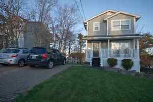 Beautiful Modern 2-storey Home for Sale