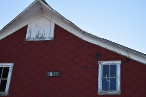 Old (1902) Barn for Boards and Beams- New Brunswick
