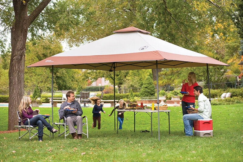 How To Choose A Tailgating Tent