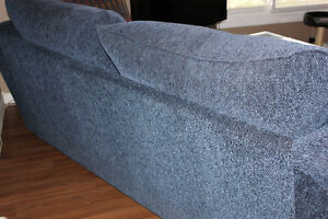 Matching couch and loveseat Kitchener / Waterloo Kitchener Area image 4
