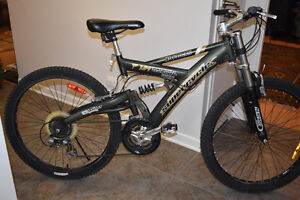 Mountain Bike ***VERY GOOD CONDITION*** Supercycle