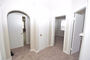 UofA/Whyte Ave.house for rent include utility