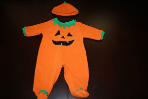 "costume taille 6 mois ""CITROUILLE""/ ""PUMPKIN"" costume size 6mths"