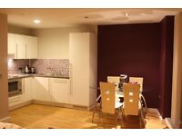 2 bedroom flat in The Quays, Salford, Greater Manchester, M50