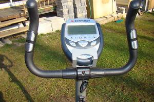 Bicycle d'exercise Schwinn Gatineau Ottawa / Gatineau Area image 3