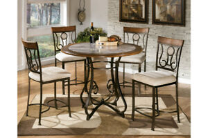 Ashley Hopstand Dinning Table