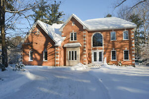 HUDSON-OPEN HOUSE SUN. FEB.12TH FROM 2PM TO 4PM-COME VISIT!