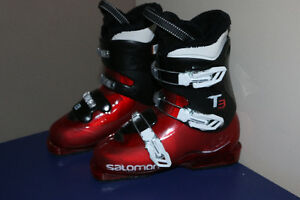 Salomon Ski Boots, like new