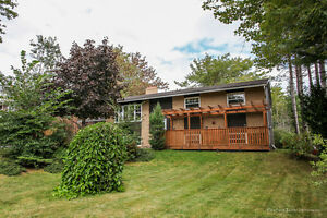 610 Lakeview Ave, Middle Sackville - HOUSE FOR SALE