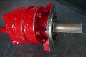 Hydraulic Pumps/One New, One Old
