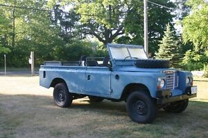 1984 Land Rover Defender Wagon