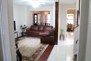 Beautifully Renovated 2 story house with 4 bedrooms
