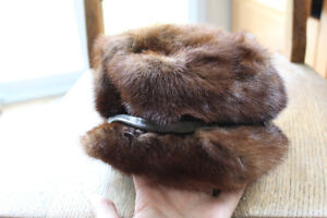 VINTAGE Beautiful Genuine Fur Ladies Top Hat!