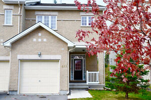 Executive End Unit Townhouse in Bridlewood