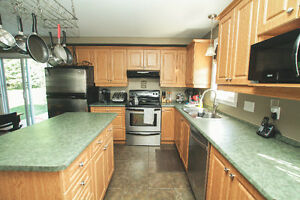 New Price Only $219,900 Cornwall Ontario image 4