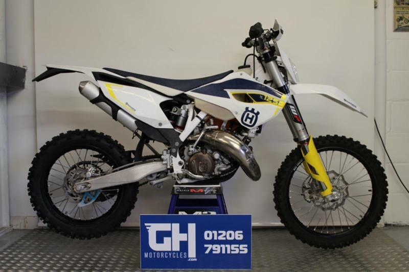 2015 husqvarna te 125 road registered 45 hours recent piston te125 tx exc in colchester. Black Bedroom Furniture Sets. Home Design Ideas