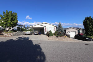 Open concept 2-bed 2-bath  rancher in College Heights!