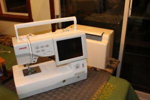Machine à coudre et à broder Janome MC 11000 - négociable