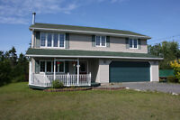 Spacious 4 bedroom home minutes from Halifax!