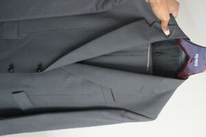 Mens Grey Pin Stripe Suit Kitchener / Waterloo Kitchener Area image 4