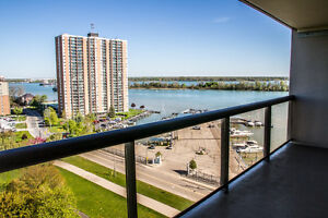 STUNNING WATERFRONT VIEWS!! 13th FLR CONDO  ON RIVERSIDE DR