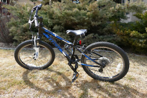 "Trex MT60, 20"" Wheels, Blue, Black & White Kids Mountain Bike"